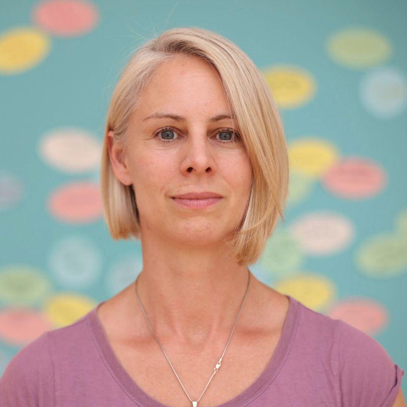 Nicole Barlau