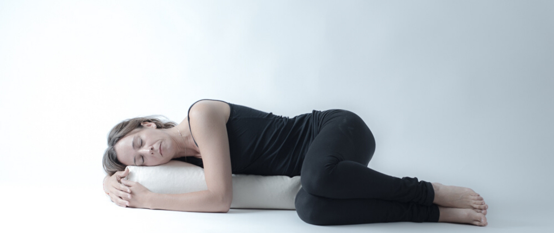 Yin Yoga Ausbildung mit Vira Drotbohm bei Rundum Yoga in Düsseldorf