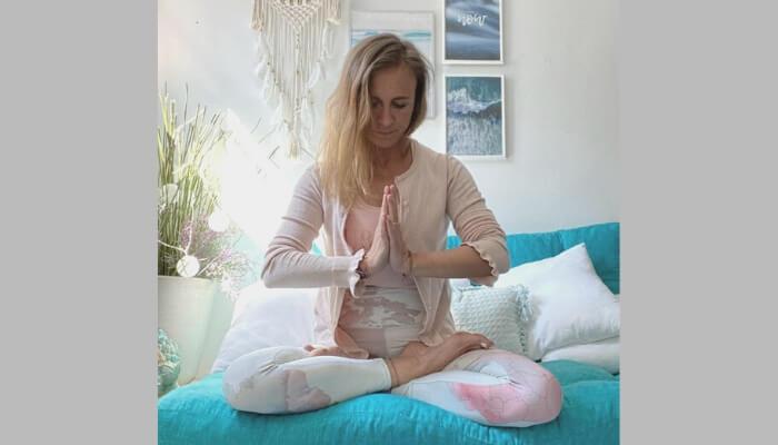 Staerke Deine Gesundheitskraft Impulse aus der Mind Body Medizin mit Sonja Kuepfer bei Rundum Yoga in Duesseldorf