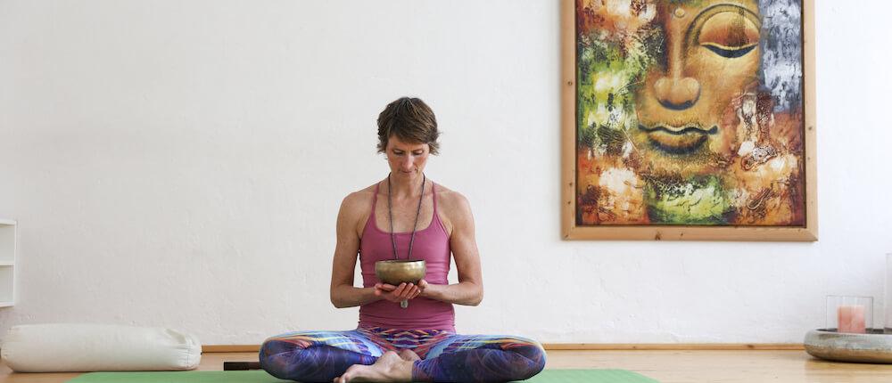Long Slow Deep mit Susanne Wenke Rundum Yoga Duesseldorf