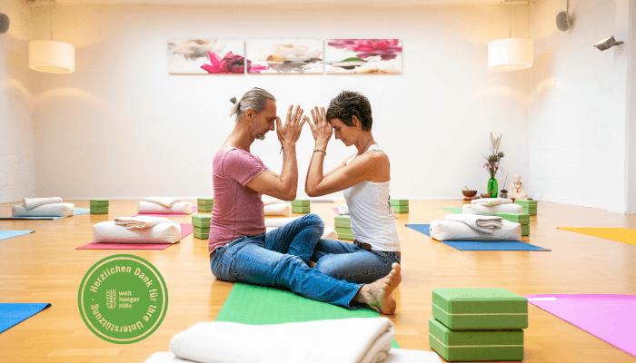 Special Welthungerhilfe mit Susanne und Marc Wenke von Rundum Yoga in Duesseldorf