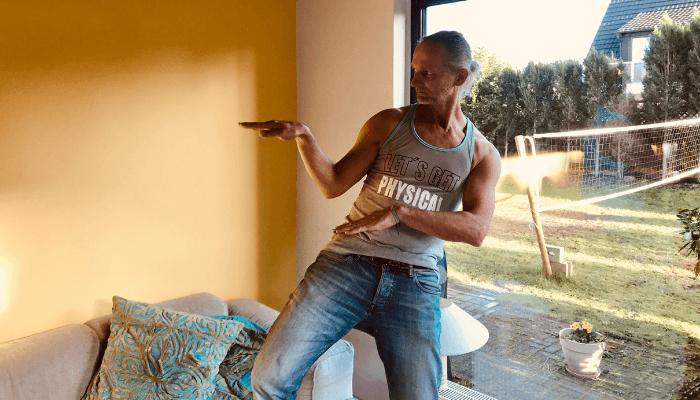 Vinyasa Dance Tanz in den Mai Online