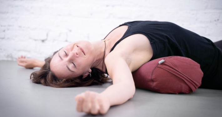 40h Yin Yoga Ausbildung bei Rundum Yoga Duesseldorf mit Vira Drotbohm