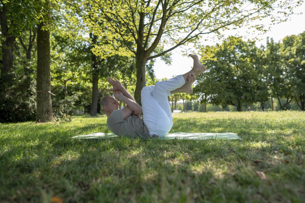 Marc Wenke Outdoor Yoga Rundum Yoga