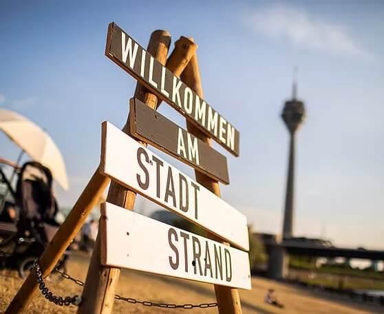 Willkommen am Stadtstrand Duesseldorf mit Rundum Yoga